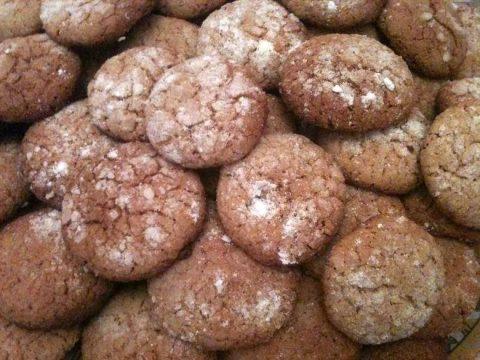 حلوى النخالة بالفول السوداني والسمسم