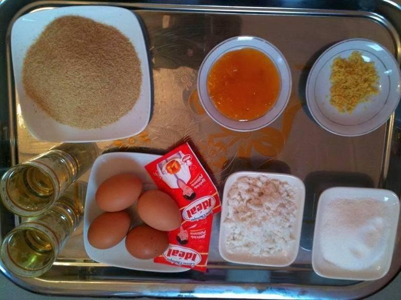 مكونات حلوى النخالة بالفول السوداني والسمسم