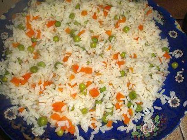 سلق الأرز والبازلاء والجزر