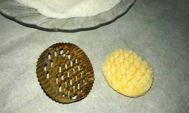 طبع الحلوى بطابع خلية النحل