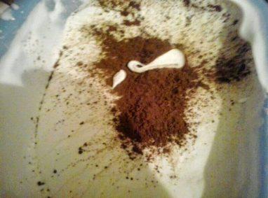 إضافة مسحوق الكاكاو