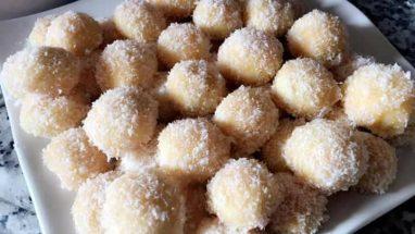 تفنيد كرات الحلوى في جوز الهند