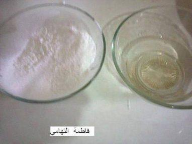 ماء الزهر والسكر الناعم