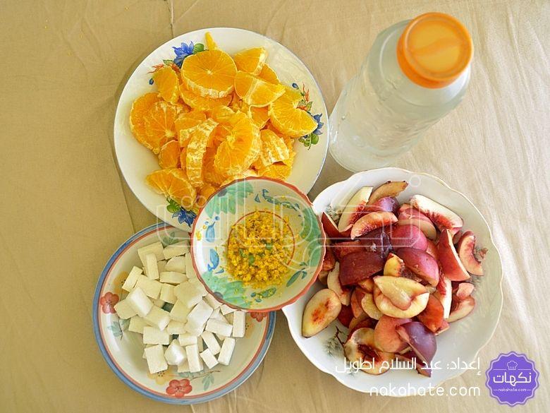 مكونات عصير البرتقال والدراق